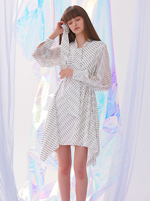 [마마무 화사 착용]Flutter Scarf Tie Dress - Ivory