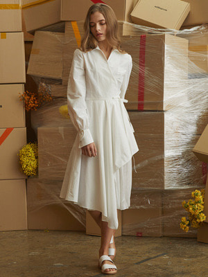 [김세정 착용]Oblong Wrap Dress - White