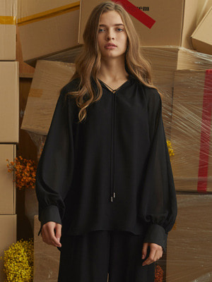 Abacus Blouse - Black